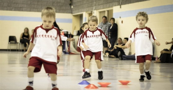 BEEFITS OF COMPETITIVE SOCCER LEAGUES FOR CHILDREN